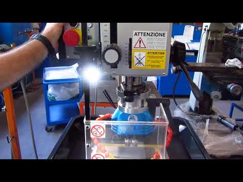 Gwinciarka SERRMAC MDR22 - praca manualna urządzenia - zdjęcie