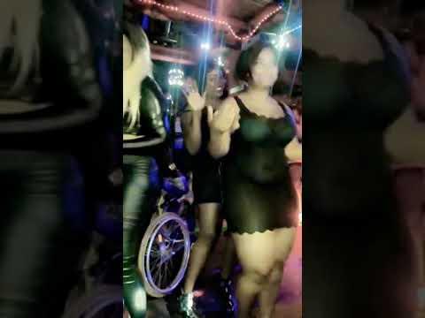 Je cherche une femme noire en tourcoing