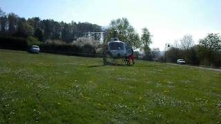 preview picture of video 'Approche et Atterrissage Ecureuil Heli-Lausanne'