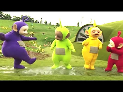 Playing In Water - Teletubbies: The Beach - Full Episode