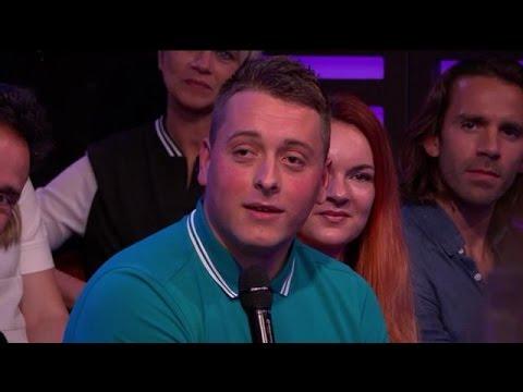 Is dit de grootste Feyenoord-fan ooit?  - RTL LATE NIGHT