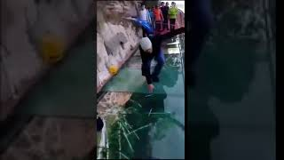 Трескающийся мост в Китае