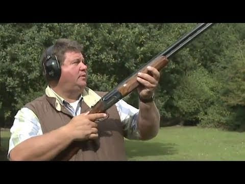 Fieldsports Britain – Clayshooting cartridges with Digweed, rough shooting and straight shooting