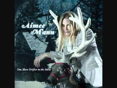 Música Calling On Mary