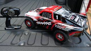 Traxxas Slash 4x4 VXL | Unboxing and First Run!