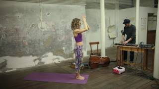 20 Min Yoga Video Tutorial: Vinyasa Yoga
