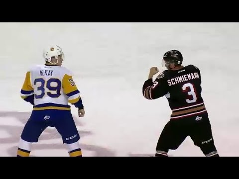 Dominic Schmiemann vs. Riley McKay