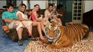 10 खतरनाक जानवर जिन्हें लोग घर मे पालते है | 10 most unusual pets in the world