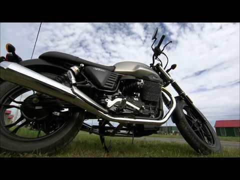 2016 Moto Guzzi V7 Stone II Road Test
