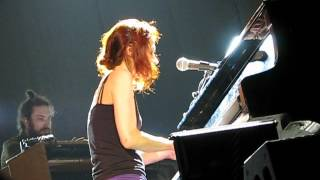 Fiona Apple - Shadowboxer