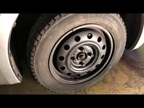 PKW Reifen wechseln Wechsel und Montage eines Autoreifen Reifenwechsel Suzuki Swift Anleitung