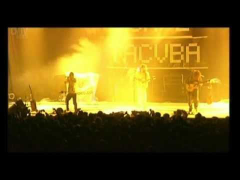 Café Tacvba video No controles - En vivo 2001