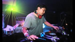 Takkyu Ishino - Live @ Electric Kingdom Loveparade 13.07.2002