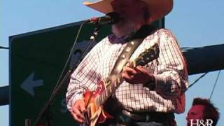 """Charlie Daniels plays """"The Legend Of Wooley Swamp"""""""