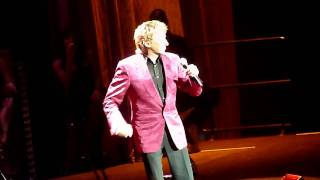 Barry Manilow @ O2 Arena, London (06/05/11) - Bring on Tomorrow
