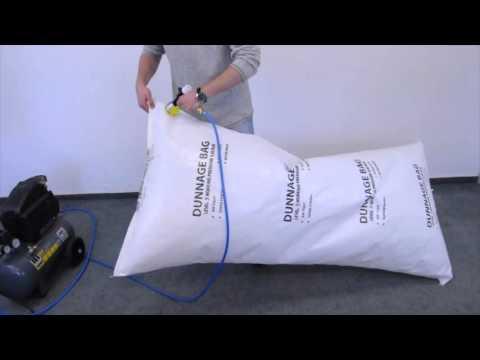 Stausäcke Befüllung / Filling Dunnage Bags