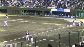 牧田和久1死3塁で吉田裕太を捕邪飛に打ち取る