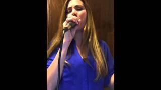Cindy Alvarado - Renuevame (Marcos Witt)