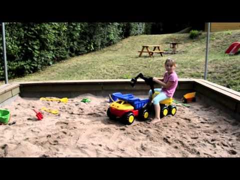 4EverSpiel Sitzbagger Mobby-Dig / sand digger