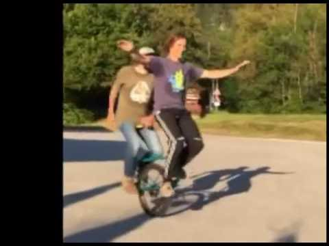 Riding a Tandem Unicycle Looks Ridiculous