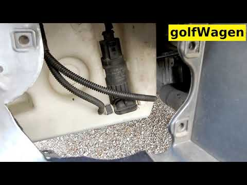 VW Golf 5 windshield washer reservoir bottle replacemect