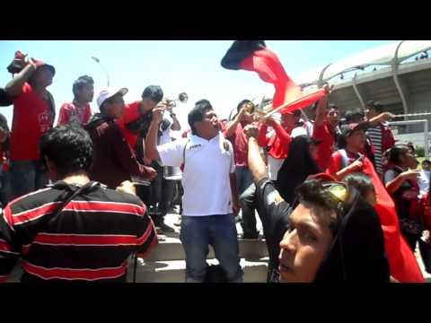 """""""LA FANIA Banda Leon del Svr - Previa FBC MELGAR 18OCT2014"""" Barra: León del Svr • Club: Melgar"""