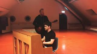 Gavin James - The Middle - Exclusive Pre-Show Performance - Dynamo Zurich - 8/2/2019