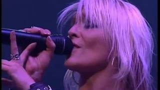 Doro and Lemmy Kilmister Love Me Forever Live 2003 HD.mp4