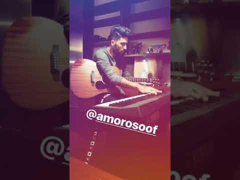Lucas Castro del Chievo suona piano e chitarra!