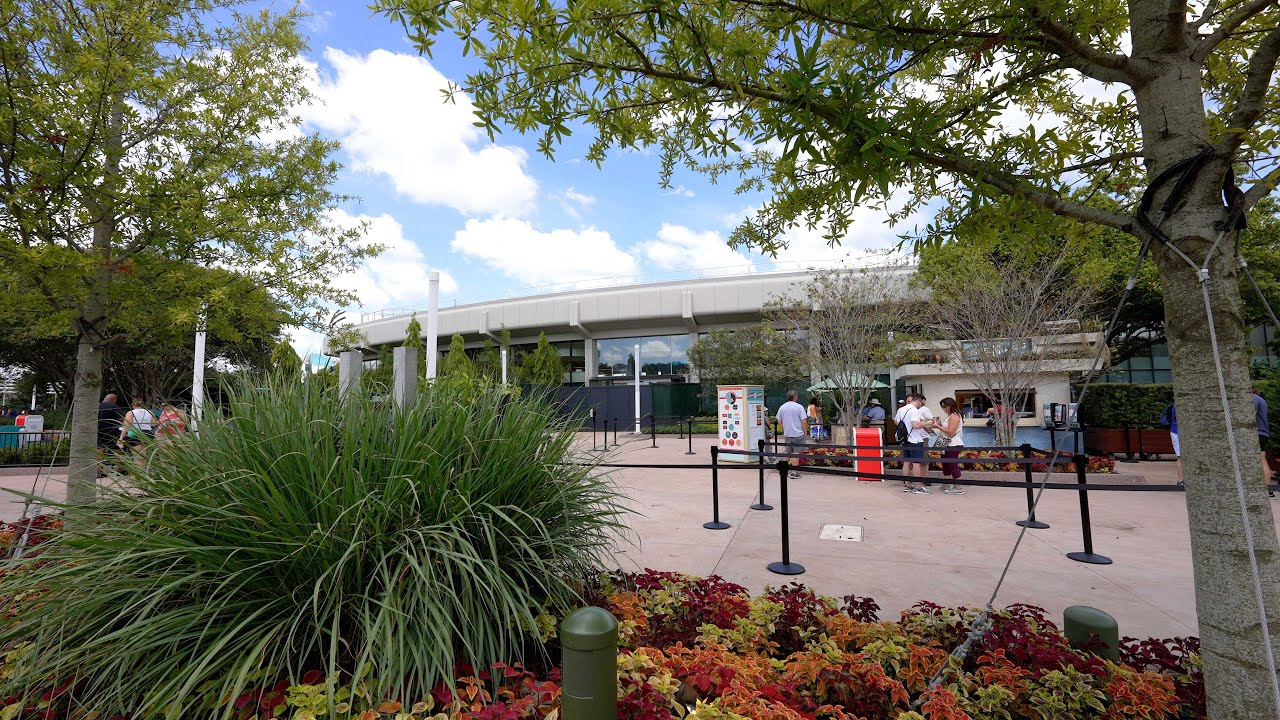 EPCOT Future World music replaced with new main entrance loop