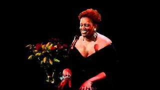 "Dianne Reeves ""You Taught My Heart to Sing"" @ Théâtre du Châtelet (Paris)"