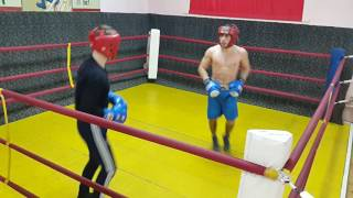 Бокс спарринг мастера спорта по боксу Давида Нерсисяна
