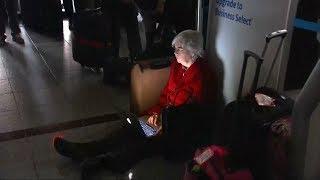 Power outage delays flights at Atlanta airport