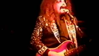 Roy Wood w Cheap Trick 1995 Part 1 California Man, Blackberry Way, Wish It Could Be Xmas.mp4