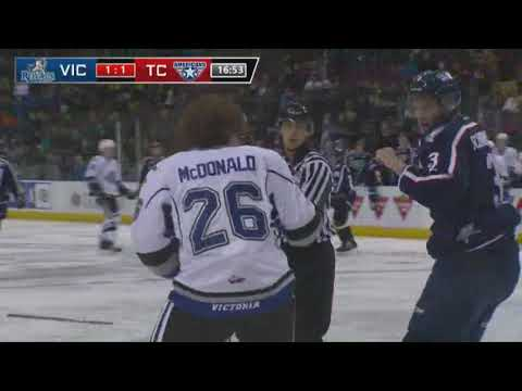 Kody McDonald vs. Dominic Schmiemann