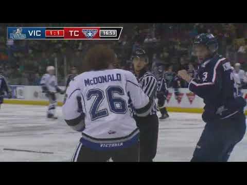 Kody McDonald vs. Dominic Schmiemann