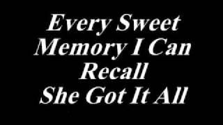 Kenny Chesney   She's Got It All *Lyrics*