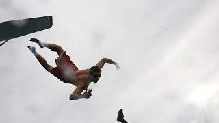 Экстремал прыгнул с 7 километров  без парашюта и...