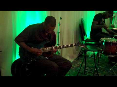 Funkshunal Groove Solo - Mauriuz Nelson's Solo (trimmed).MP4