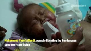 Gambar cover VIDEO Miris, Balita Ini Dibanting Ibunya Saat Umur Satu Bulan Dan Sekarang Mengalami Gizi Buruk