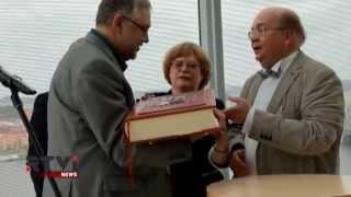Риге подарили уникальное собрание сочинений Стругацких