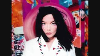 "Video thumbnail of ""Björk - It's Oh So Quiet"""