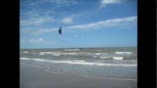 preview picture of video 'Kiteboarding Thailand & Rayong Kiteboarding School Leam Son'