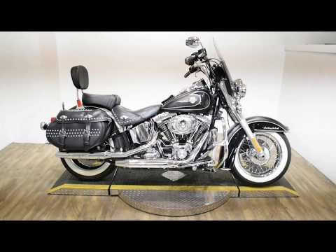 2011 Harley-Davidson FLSTC HERITAGE SOFTAIL CLASSIC in Wauconda, Illinois - Video 1