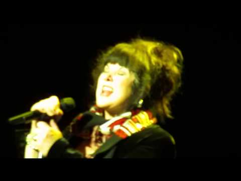 HEART - CRAZY ON YOU (HD) - live from Montreal, 2013.