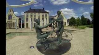 preview picture of video 'Das Mamer Schloss von oben'