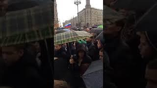 Акции в поддержку Навального проходят в городах России