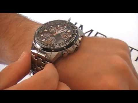 Video Orologio Citizen Skyhawk Titanio