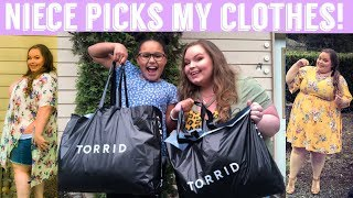 Torrid haul - Niece picks my clothes challenge - Video Youtube