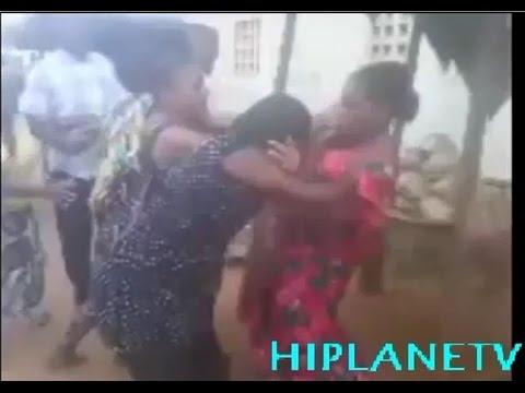 Watch Two Market Women Fighting